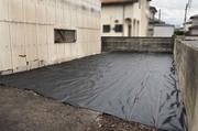 水戸市内にて狭小住宅解体工事と防草シート ランドサービス