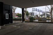 つくば市にて駐車場内の物置倉庫解体撤去作業|ランドサービス株式会社