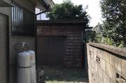 水戸市千波町にて台風で倒壊の恐れがある小屋の手壊し解体|LS